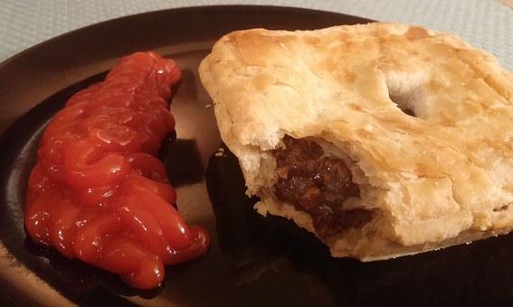 Torta di carne con ketchup