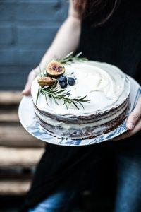 Una classica Lamingtons ( torta glassata)