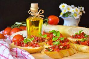 bruschetta pomodoro aglio e basilico