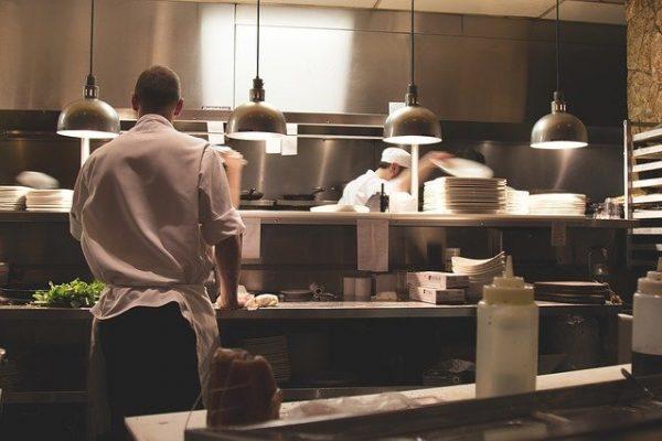 scegli personale per il nuovo ristorante